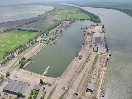 В порту Рени будут углублять дно