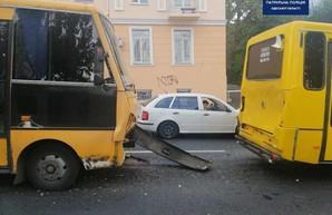 В Одессе столкнулись маршрутки