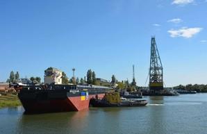 Для Дунайского пароходства в Килие построили новую баржу