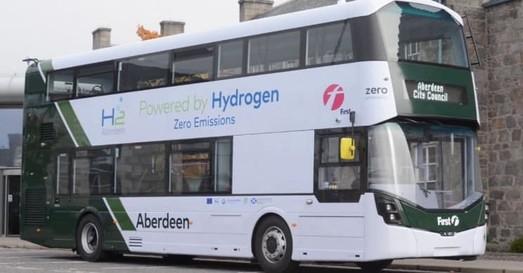 В Великобритании начинают запускать городские автобусы на водородном топливе