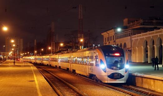 """Билеты на поезда """"Интерсити"""" дешевеют"""