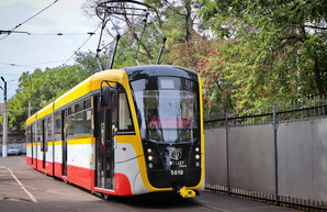 Мининфраструктуры говорит о 14 новых трамваях и 30 электробусах для Одессы