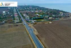 На дороге у моря в Одесской области устанавливают ограничители скорости на въездах в населенные пункты