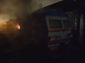 В Раздельной горел электропоезд Одесской железной дороги (ФОТО)