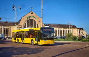 Правительство предлагает перевести городской транспорт на режим оплаты услуг перевозок местными властями