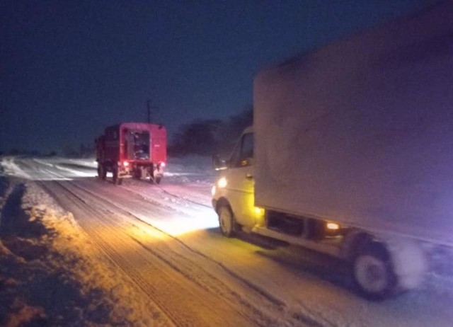 Дороги Одесской области парализованы снежными заносами