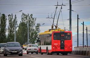В Одессе износился важный мост: его закрыли для грузовиков