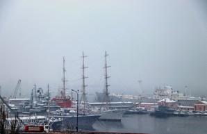 Зимняя непогода снова ограничила работу портов Одесской области