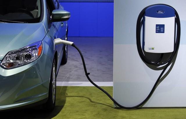 Ford планирует полностью перейти на электромобили в Европе к 2030 году