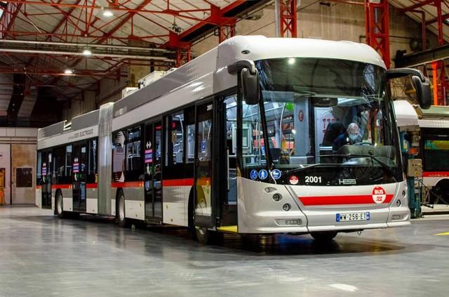 Французский Лион получает новые швейцарские троллейбусы