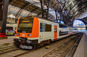 Испанская железнодорожная компания закупает новые поезда и выходит на рынок Восточной Европы