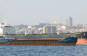 Кораблекрушение в Черном море: затонул старый теплоход, есть погибшие