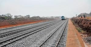 В Нигерии за китайские инвестиции реконструируют узкоколейную железную дорогу