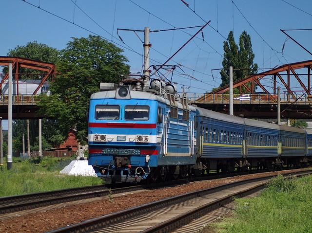 Железная дорога на лето запускает три десятка новых поездов: часть из них пойдет в Одессу