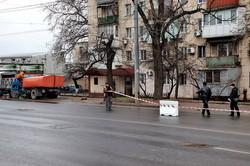 В Одессе закрыли движение троллейбусов и автобусов по Ивановскому путепроводу (ФОТО, ВИДЕО)