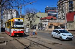 В Одессе во время карантина на маршруты выпустили больше трамваев и троллейбусов (ФОТО, ВИДЕО)