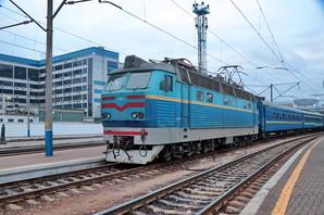 Железная дорога, несмотря на локдаун, сохраняет пассажирские перевозки в Киеве
