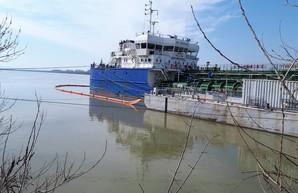 Порт Рени на юге Одесской области после долгого перерыва возобновил перевалку нефтепродуктов