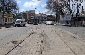 В Одессе идет ямочный ремонт дорог