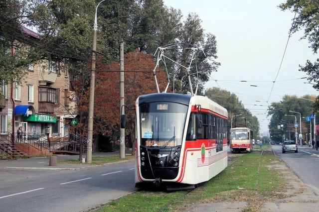 Запорожье закупает три корпуса для сборки новых трамваев