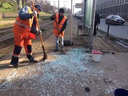 В Одессе вандалы уничтожают остановки общественного транспорта