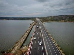 На автотрассе Одесса - Киев полностью открыли мост через Хаджибейский лиман (ВИДЕО)