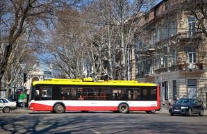 В Одессе 2 мая перекроют движение транспорта у Куликова поля и в центре города