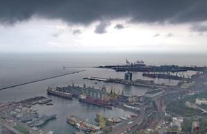 В 2021 году в порту Одессы уменьшается грузооборот