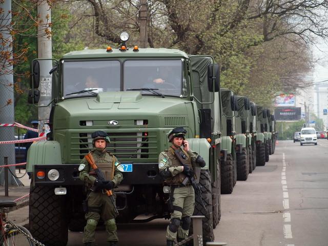Армия США заказала украинские грузовики