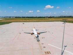 В аэропорту Одессы запустили новый перрон для самолетов (ФОТО)