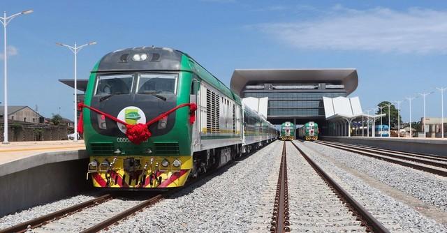 В Нигерии запустили новую железную дорогу длиной почти 160 километров