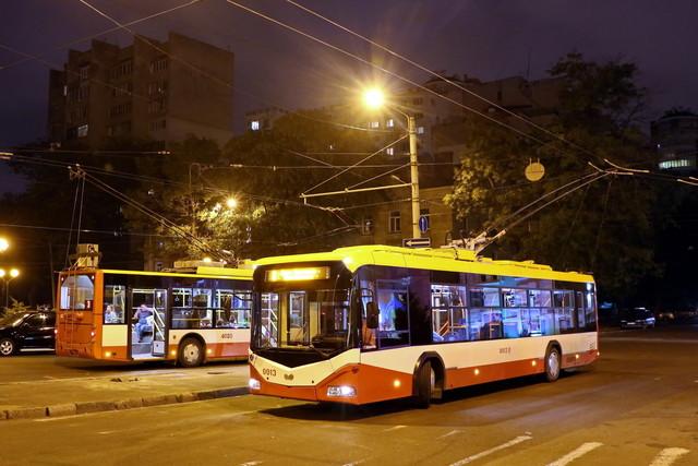 В Одессе сегодня часть троллейбусов будет ходить до полуночи