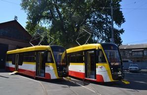 В Одессе презентовали новые трамваи и троллейбусы