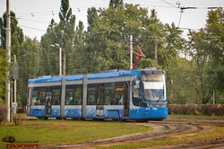 В Киеве надолго закрывают на ремонт важнейшую линию трамвая в левобережной части города (ВИДЕО)