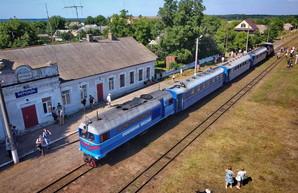 На Одесской железной дороге возобновляют движение поездов по узкоколейке (ВИДЕО)